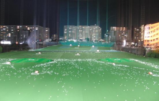 KKゴルフ 外観(夜間)